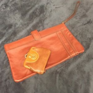 Bundle of 2 vintage coin and clutch